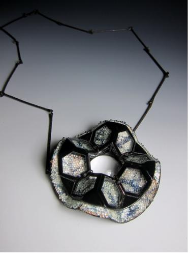 Award for new ideas in enamel art - Chun-Lung Hsieh. Read. 2010