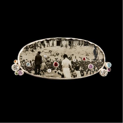 Anna Fanigina. SAGĖ. Sidabras, auksas, topazas, ametistas, safyras, briliantas, stiklas, chrizolitas, citrinas, fotografija Venecija 1924