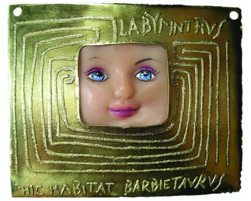 Solveiga ir Alfredas Krivičiai. VOTAI. 2003. preparuoti lėlių veidai, varis, žalvaris, sidabras, auksavimas.